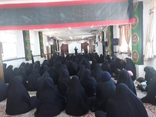 مدیر مرکز تخصصی حوزوی خواهران  میبد جای خود را به یک «مدیر خانم» داد