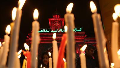 عزاداران شام غربیان در خیمه گاه حسینی شمع روشن کردند+ تصاویر