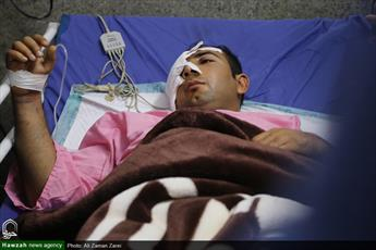 نمایندگان رهبر انقلاب از مجروحان حادثه تروریستی اهواز عیادت کردند+ عکس