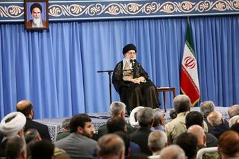 در روایت دفاع مقدس روح مجاهدت وشکستناپذیری ملت ایران متبلور باشد