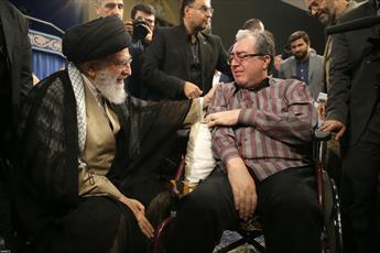 تصاویر/ ویژه برنامه هفته دفاع مقدس با حضور رهبر انقلاب