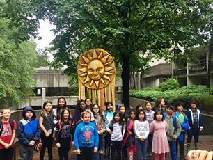 مراسم «کاشتن بذر صلح توسط کودکان» در تورنتوی کانادا + تصاویر