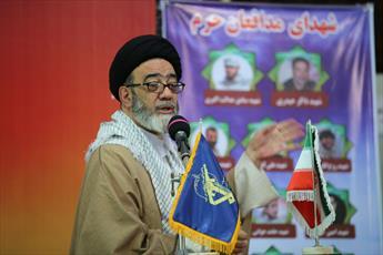 دشمن به دنبال سوء استفاده از مقوله قومی مذهبی در انقلاب اسلامی است