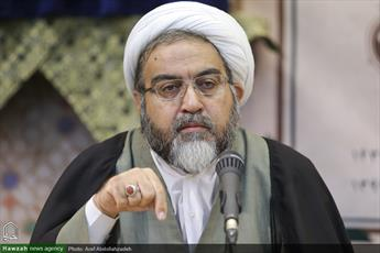 نقد با تفرقه افکنی تفاوت دارد / از وضعیت صوفیه در ایران امروز، آگاهی چندانی ندارید
