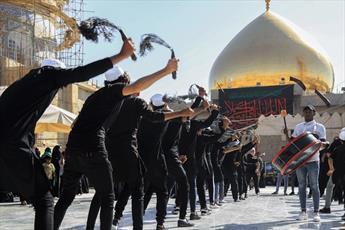 حضور بیش از ۵ هزار عزادار حسینی در حرم امامین عسکریین(ع)+تصاویر