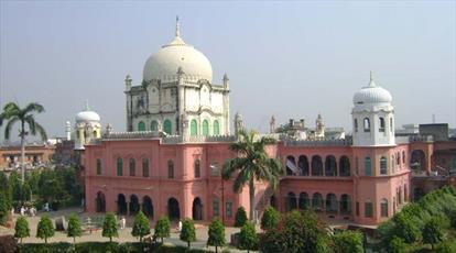 مدیر دارالعلوم اشرفیه دیوبند هند خواستار احترام دولت به آزادیهای دینی شد