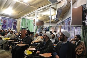 برگزاری کارگاه پژوهشی  در مدرسه  امام خمینی (ره) بجنورد