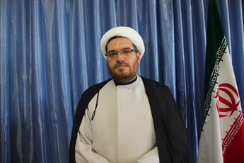 هدف دشمنان تخریب ارزشها و اعتقادات جوانان ایران است