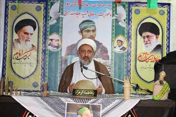 مدیر حوزه علمیه استان ایلام:  روحانیت نقش اثرگذاری در دفاع مقدس داشتند
