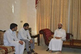 روحانی معروف هند:  استکبار به دنبال منحرف کردن دانشجویان از دین اسلام است