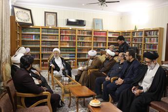 تاکید آیت الله العظمی مکارم بر لزوم رعایت احترام به مرجعیت و مردم عراق در اربعین