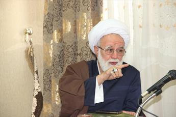 امام جمعه موقت قزوین :همدلی دو ملت ایران و عراق ناگسستنی است