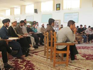 برگزاری کارگاه دانش افزایی پژوهشی در مدرسه  امام صادق(ع) آباده