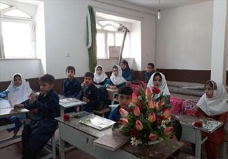 مسجد روستای «گرماش» میزبان دانش آموزان شد