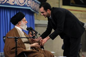 نماهنگ/ دیدار نخبگان و استعدادهای برتر علمی با رهبر انقلاب