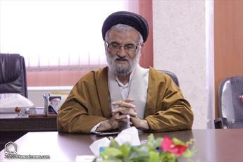 مسجد فقط محل برگزاری مراسم عزا نیست/ هیئت امناها جوانان را از مساجد فراری ندهند