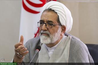 انتظار حل یک شبه مشکلات کشور توسط مجلس شورای اسلامی بیجاست