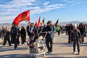 آخرین کاروان طلاب کردستانی عازم کربلا شدند