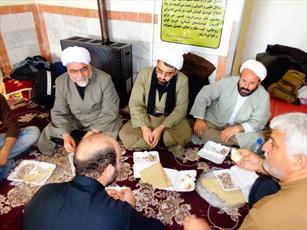 خدمت رسانی مدارس علمیه ۷ شهر ایلام به زائران اربعین+ شماره تلفن
