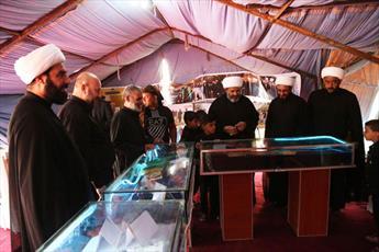 برپایی نمایشگاه آثار آستان مقدس عسکری در مسیر پیاده روی اربعین+ تصاویر