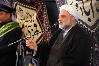 تکفیری ها و وهابیت نمونه بارز انحراف امت اسلامی هستند