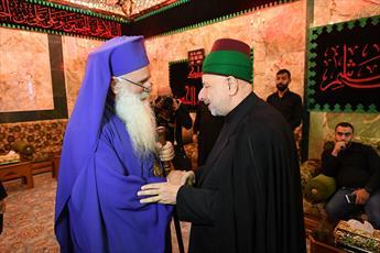 """برای بوسیدن خاک مقدس به کربلا آمدم/""""ذبیح الفرات"""" که در انجیل ذکر شده همان امام حسین است"""