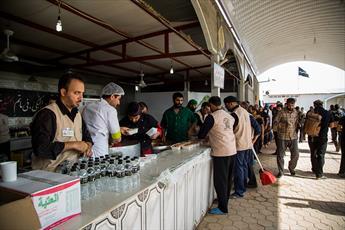 ۵۵ هزار لیتر آب معدنی در میان زائران توزیع میشود