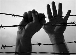 چرا اسلام برده داری را تجویز کرد؟
