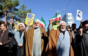 فردا تک تک ایرانیان به وظیفه ملی خود عمل می کنند/ آمریکا آرزوی نابودی انقلاب  را به گور  می برد