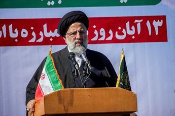 اروپا با فشار اقتصادی آمریکا علیه ملت ایران همراه است/ هر زمان که به خارج چشم دوختیم ضربه خوردیم