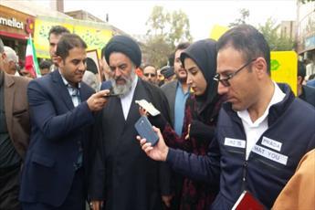 نماینده ولی فقیه در استان کردستان:     ملت پای انقلاب ایستاده است