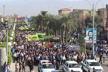 حضور روحانیون و طلاب  جیرفت در راهپیمایی ۱۳ آبان + عکس