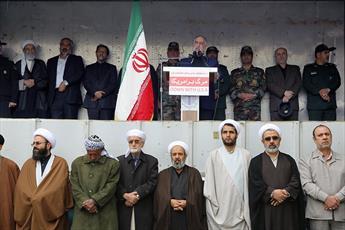 حضور  امروز ملت ایران  برای دلدادگان به غرب عبرت باشد