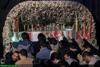 تصاویر/ وداع با پیکر شهید حجت الاسلام دهقانی در مدرسه علمیه حقانی