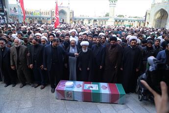 مراسم تشییع حجت الاسلام دهقانی از مدافعان حرم در قم برگزار شد