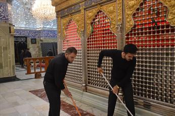 شستوشوی حرم حضرت قمر بنی هاشم (علیه السلام)+ تصاویر
