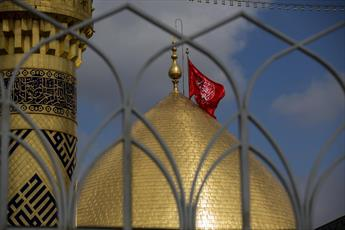 حرم حضرت ابا الفضل العباس (ع) لباس عزا از تن در آورد+ تصاویر
