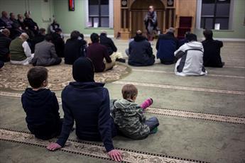 شماری از مساجد کانادا، مراسم «روز از مسجد من بازدید کن» برگزار کردند