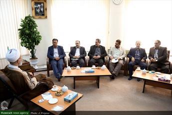تصاویر/ دیدار مدیرعامل بانک قرض الحسنه مهر ایران با آیت الله اعرافی