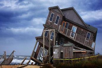 خانه ای بر روی شن