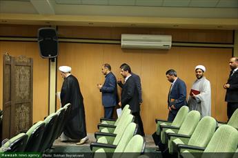 تصاویر/ نشست خبری رئیس دانشگاه مذاهب اسلامی