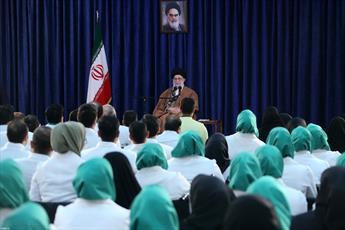 تصاویر/ دیدار مدالآوران کاروان ورزشی ایران در بازیهای پاراآسیایی اندونزی با رهبر انقلاب