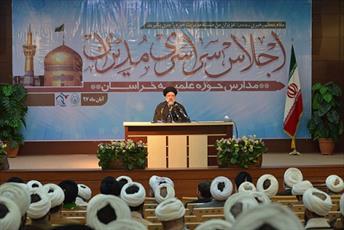 حوزه علمیه تئوریسین نظام اسلامی است/ بدون باور قلبی، روحیه انقلابی ایجاد نمی شود