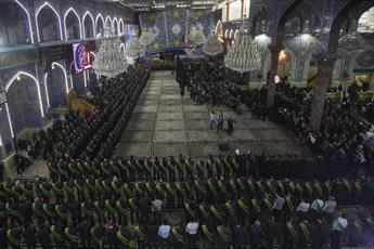 خادمان حرم حضرت عباس (ع) برای امام حسن عسکری(ع) عزاداری کردند+ تصاویر
