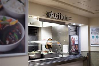 دانشگاه معروف  نیویورک نخستین بوفه غذای حلال را ایجاد کرد
