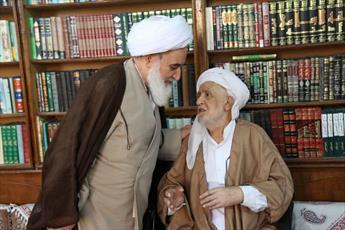 تصاویر/ عیادت نماینده ولی فقیه در استان کرمانشاه  از امام جمعه روانسر