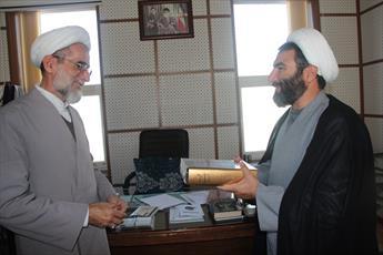 اجرای طرح «انس با کتاب» در مساجد قزوین