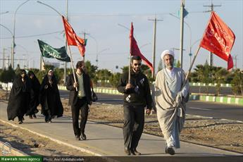 تصاویر/ کاروان  پیاده روی بیت با امام زمان(عج) به سمت مسجد مقدس جمکران