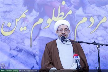ملت ایران و حوزههای علمیه با تمام  توان از مردم یمن پشتیبانی میکنند/آل سعود منفورترین حکومت در جهان اسلام است