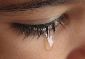 چرا اشک نداریم؟